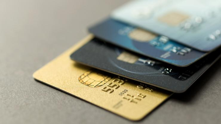 Pourquoi choisir une carte à débit différé ?