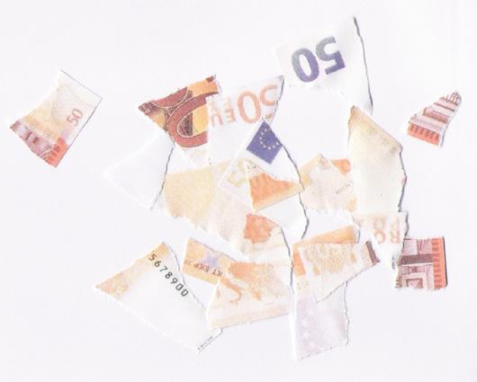 Comment échanger un billet déchiré sans en perdre la valeur?