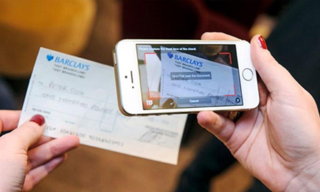Dépôt de chèque en ligne Hello Bank