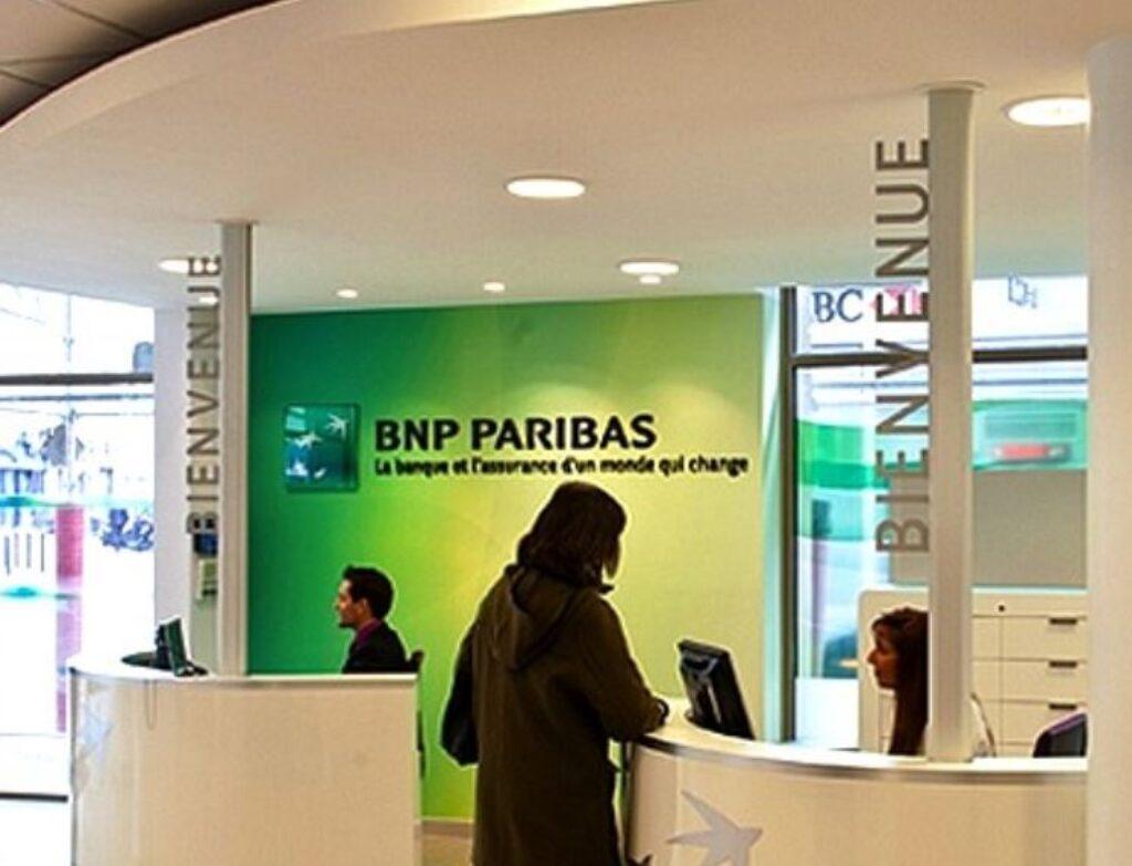 Remise de chèque en agence BNP Paribas pour Hello Bank